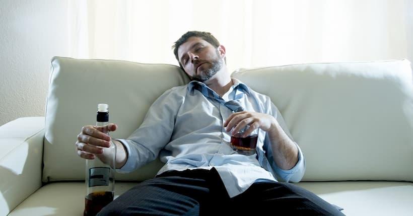 чоловічий алкоголізм